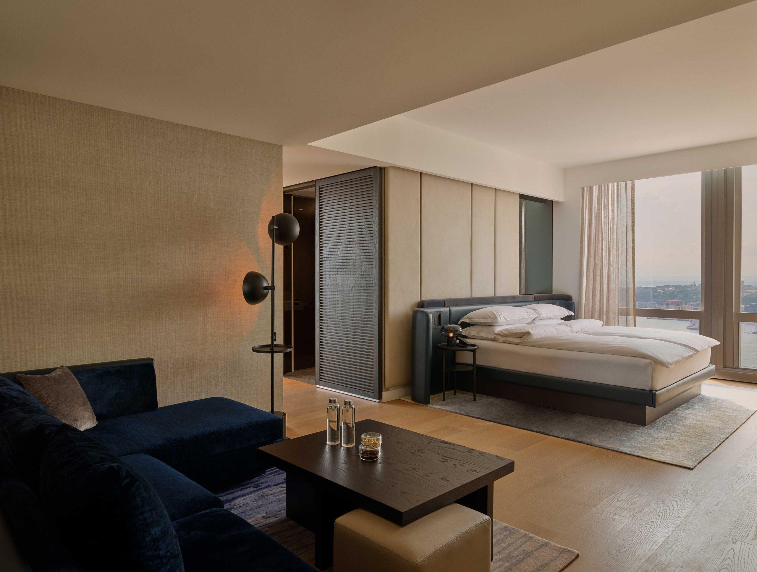 <equinox deluxe room