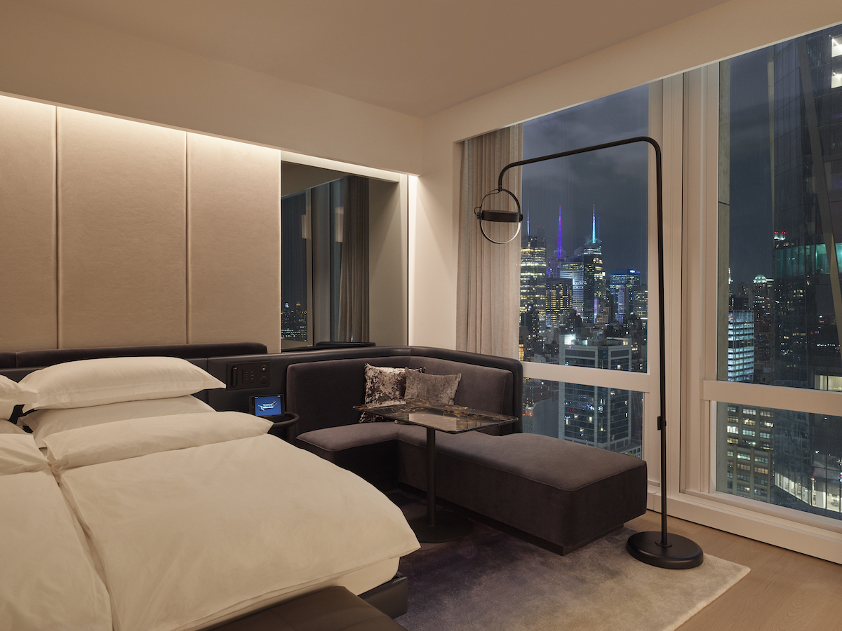 equinox hotel room cityview